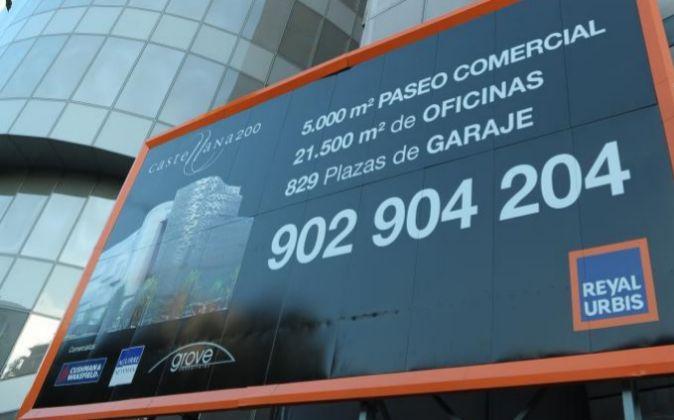 Cartel del proyecto Castellana 200, promovido por Reyal Urbis.