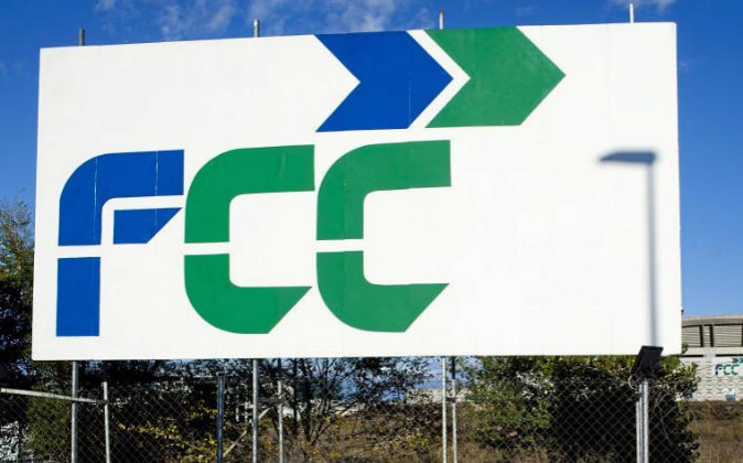 Logo de FCC.