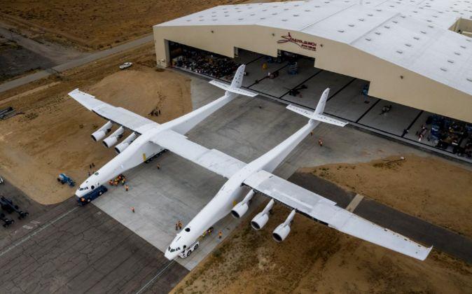 Imagen del avión, publicada por el propio diseñador Paul Allen en su...
