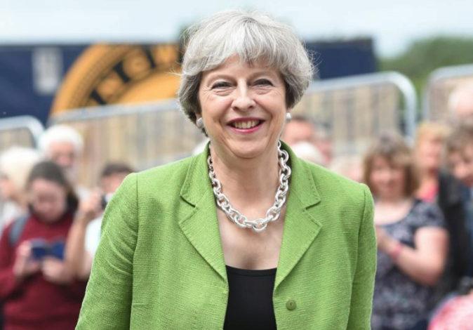 La primera ministra del Reino Unido, Theresa May, a su llegada a un...