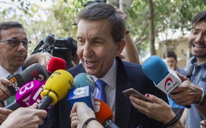 El fiscal jefe Anticorrupción, Manuel Moix, contesta a las preguntas...