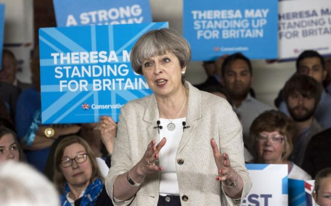 La primera ministra británica y líder del Partido Conservador,...