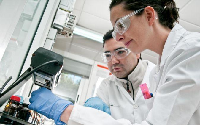 Trabajadores de la empresa biotecnológica.