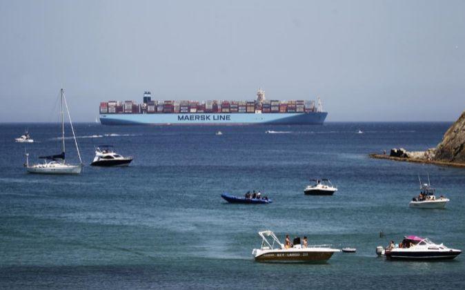 La naviera Maersk Line ha desviado de Algeciras (Cádiz) al puerto...