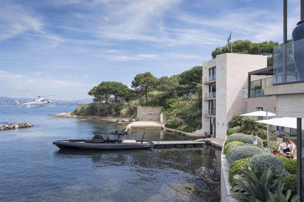 Villa Octopussy es una de las residencias más espectaculares no solo...
