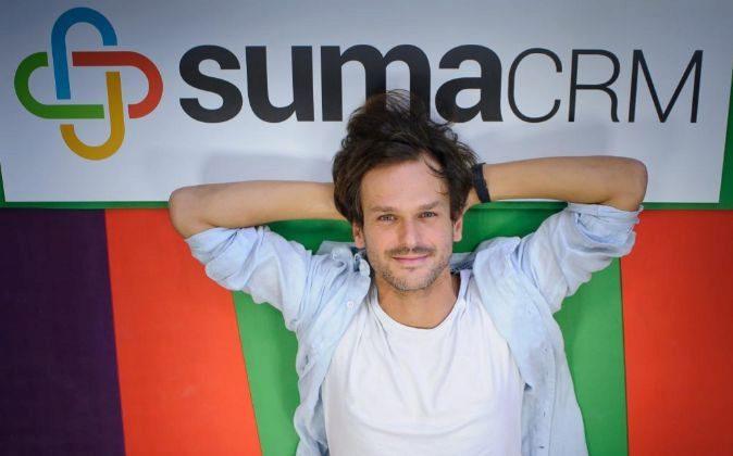 Tomás Santoro es cofundador y CEO de SumaCRM.