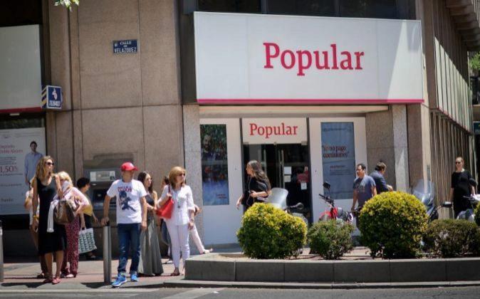 Sucursal de Banco Popular en la madrileña calle Goya con calle...
