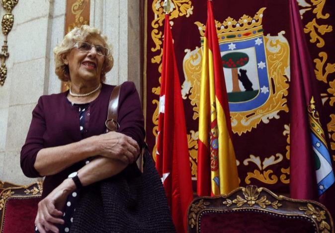 La alcaldesa de Madrid, Manuela Carmena, a su llegada este miércoles...