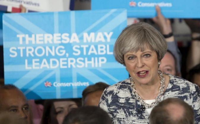 La primera ministra de Reino Unido y líder del Partido Conservador,...