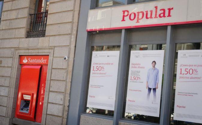 Sucursales de Santander y Popular.