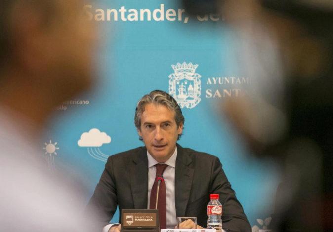 El ministro de Fomento, Íñigo de la Serna , este lunes.