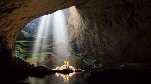 Algunos tramos de la gruta tienen alturas de 200 metros.