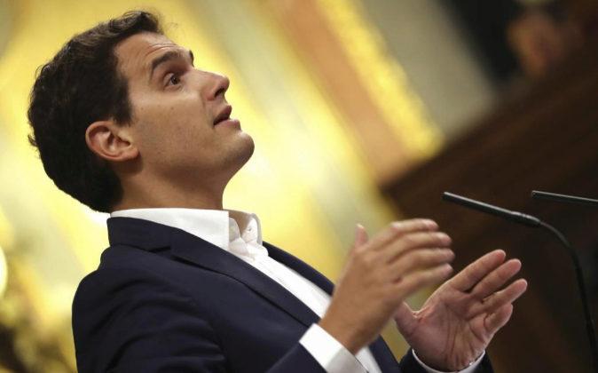 El líder de Ciudadanos, Albert Rivera, durante su intervención en la...