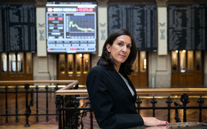 Carmen López Ruiz en la bolsa de Madrid.