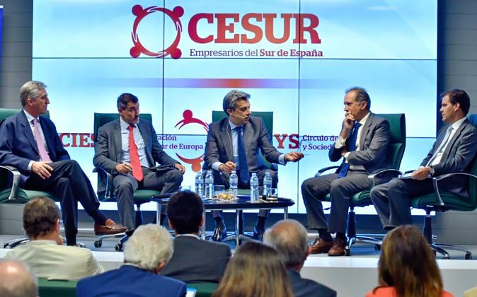 Barros (MP), Hernández, Nicolás Sierra (KPMG),Iturri (Grupo Iturri)...
