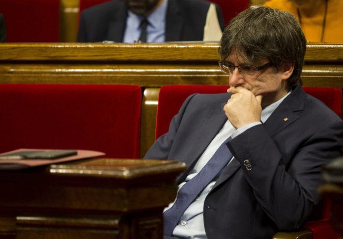 El presidente de la Generalitat de Cataluña, Carles Puigdemont, en...