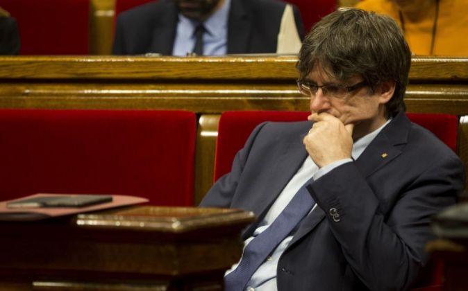 El presidente de la Generalitat, Carles Puigdemont, en el Parlament.