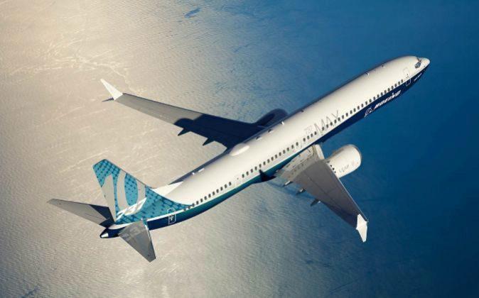 Imagen facilitada por Boeing de su nueva aeronave, el 737 MAX, que fue...