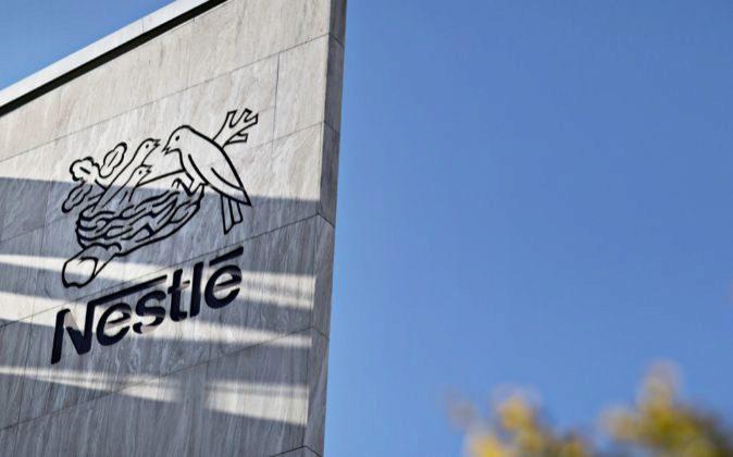 Logo de Nestlé.