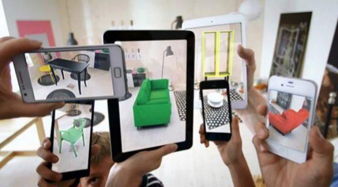 Antiguo catálogo con realidad aumentada de Ikea