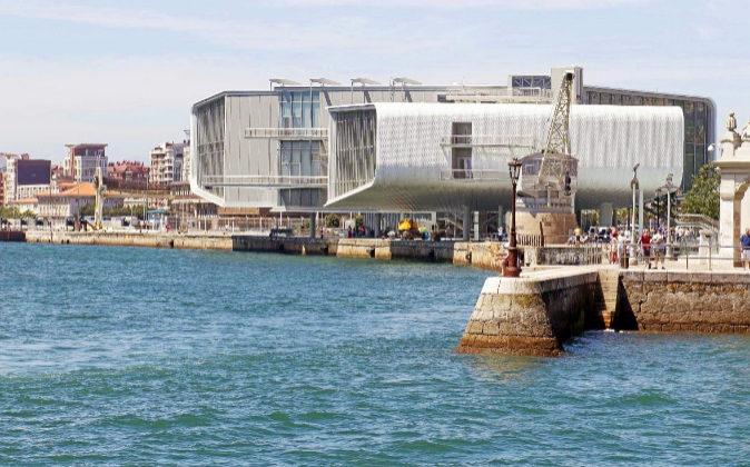Centro Botin, situado en la bahía de Santander.