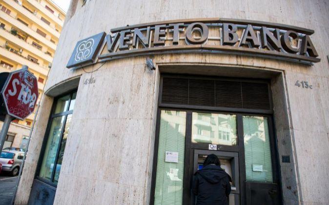 Imagen de una sucursal de Veneto Banca en Roma