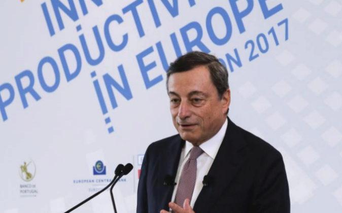 El presidente del Banco Central Europeo (BCE), Mario Draghi, durante...