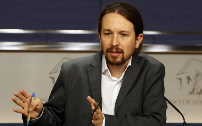 El líder de Podemos, Pablo Iglesias, hoy durante la rueda de prensa...