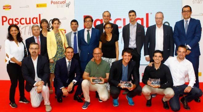 Ganadores con Carlos Cabanas y Fernando Burgaz, del MAPAMA....