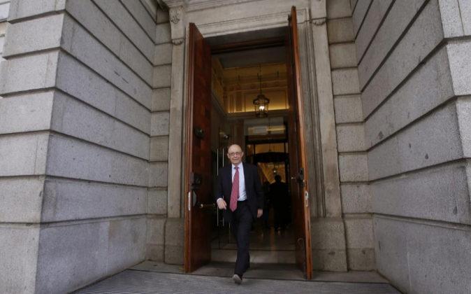 El ministro de Hacienda y Función Pública, Cristóbal Montoro, hoy a...