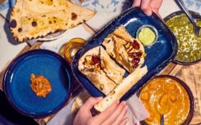 Comida auténtica india en los tres locales de Surya (dos en Barcelona...