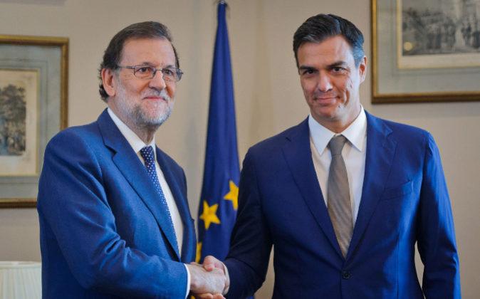 Fotografía de archivo de Mariano Rajoy y Pedro Sánchez.