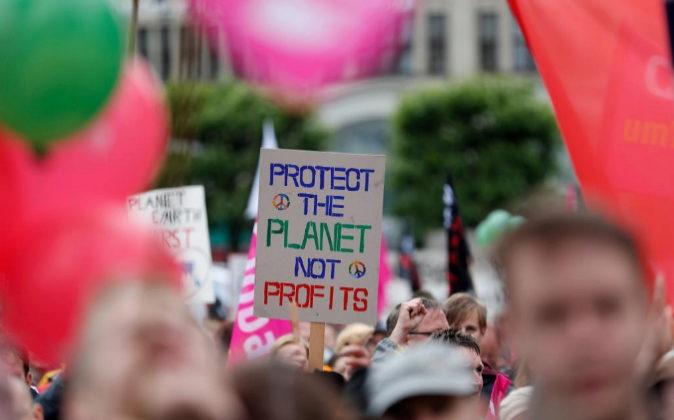 Protestas contra la cumbre del G20 el pasado domingo en Hamburgo,...