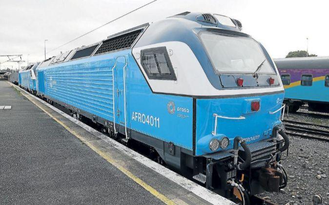 Una de las trece locomotoras ya entregadas del contrato anulado.