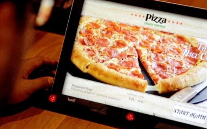"""Pizza Hut lanzó un """"menú subconsciente"""" que adivinaba la..."""
