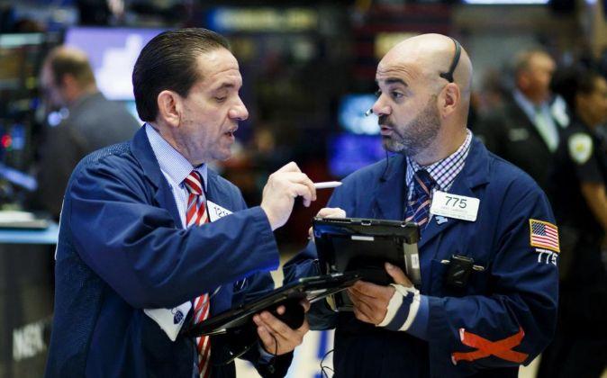 Dos operadores de Wall Street.