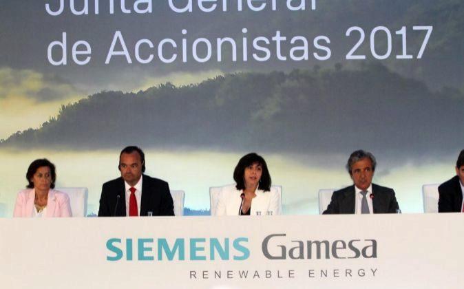 Junta general de accionistas de Siemens Gamesa en 2017. En la imagen,...