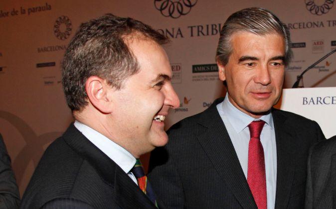 José Manuel Vargas, presidente de Aena, con Francisco Reynés, de...