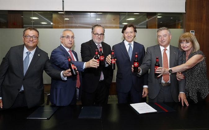 De izquierda a derecha: Ramón Agenjo, Alejandro Blanco, Demetrio...
