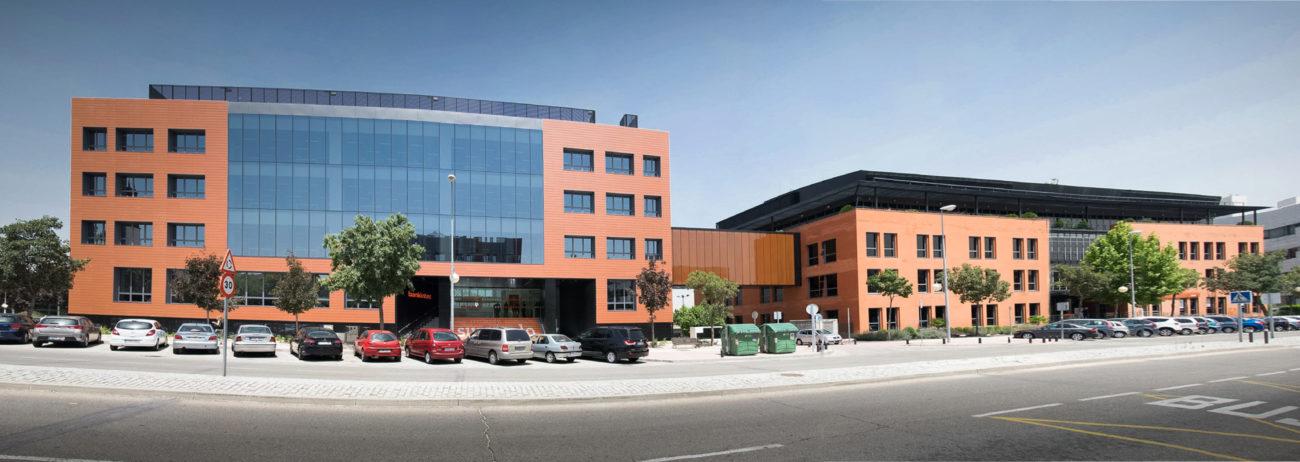 Bankinter compró hace dos años el edificio aledaño a sus oficinas...
