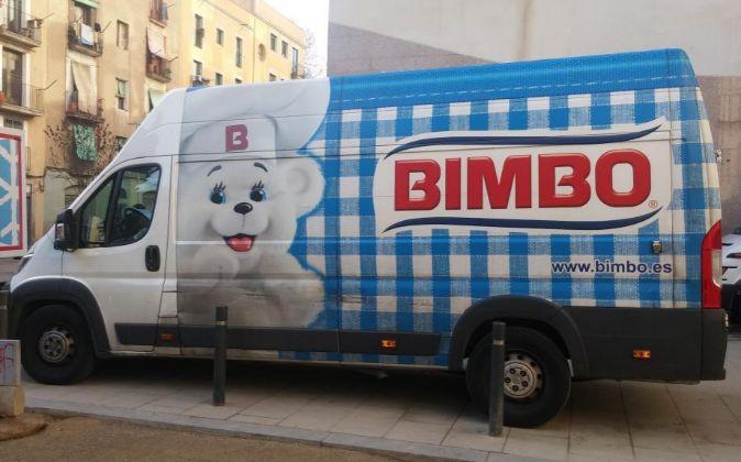 Furgoneta de reparto de Bimbo.