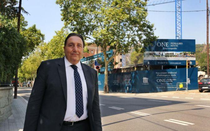 Ricard Guinart, gerente de Grupo Casa, frente a la promoción One...
