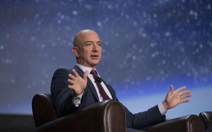 Jeff Bezos, de 53 años, es ya el segundo hombre más rico del mundo.