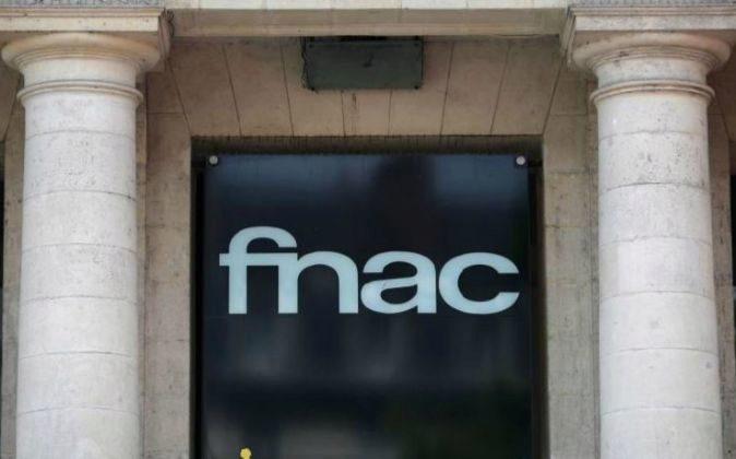 Exterior de una tienda FNAC.