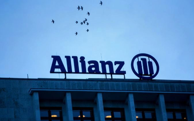 Logo de Allianz.