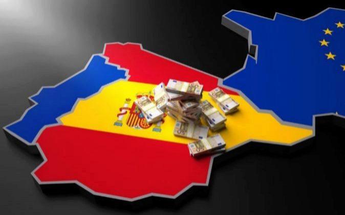 Imagen de un mapa de España con billetes de 50¤.
