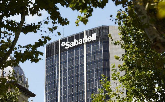 Edificio central de Banco de Sabadell.