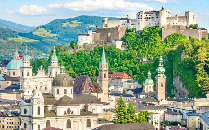 Salzburgo fue declarada Patrimonio Cultural de la Humanidad por la...