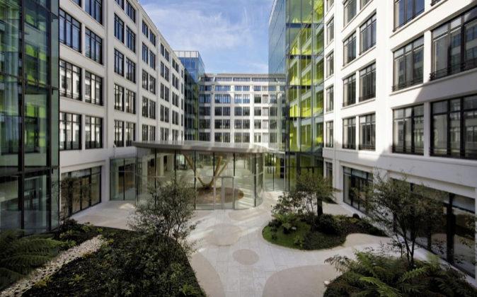 La sede de la OCDE está en el distrito Boulogne-Billancourt de...