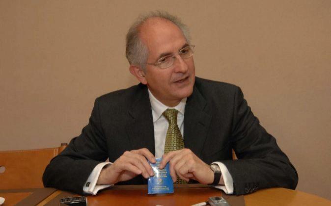 Antonio Ledezma alcalde de Caracas y candidato a la Presidencia de...